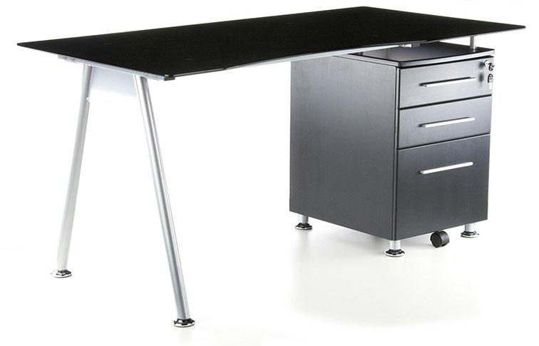 Perché scegliere una scrivania con cassettiera: novità e curiosità