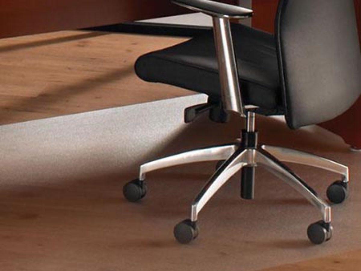 Riscaldamento A Pavimento E Tappeti perché scegliere un tappeto salvapavimento per le sedie da