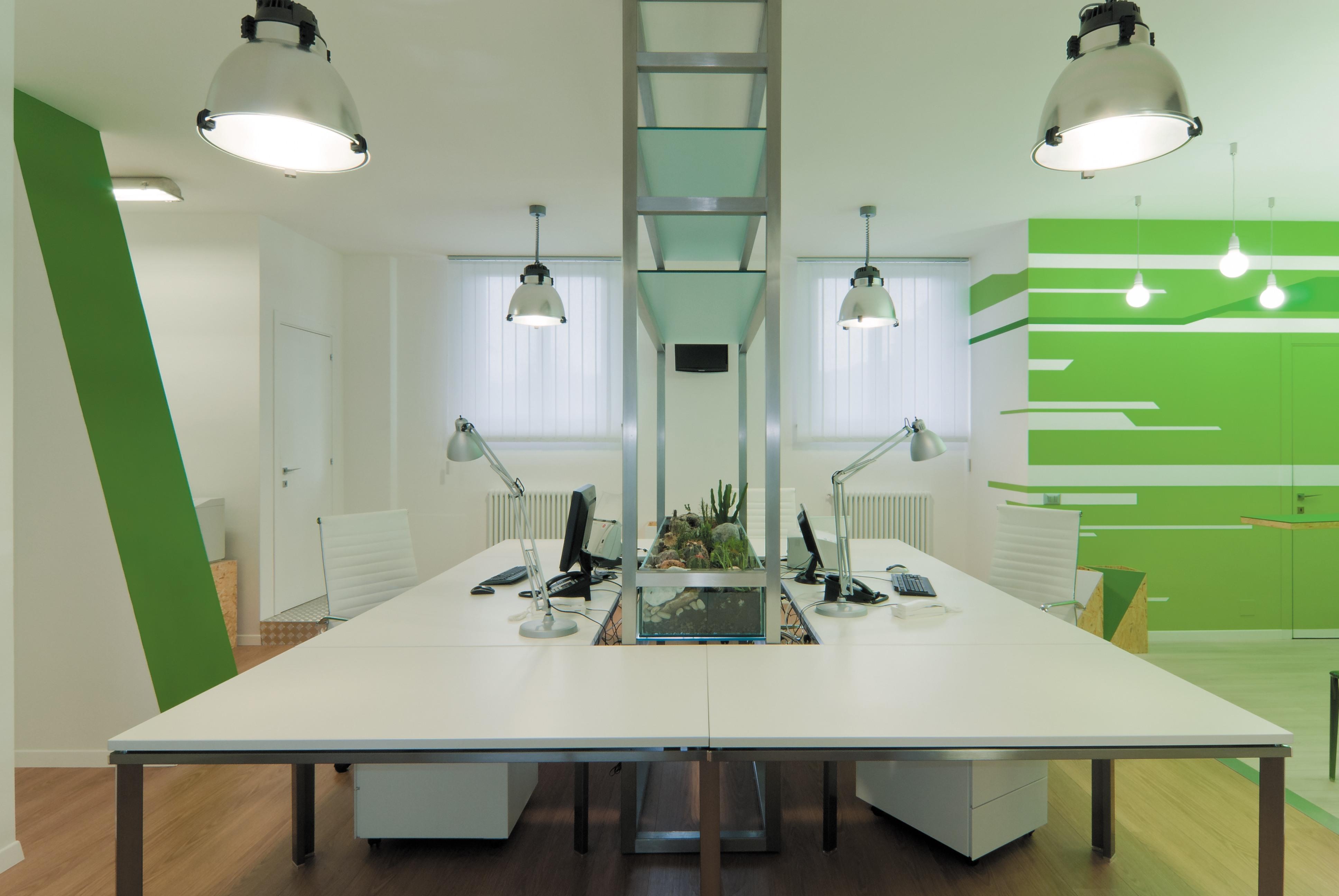Consigli su come scegliere i colori delle pareti dell for Pareti per ufficio