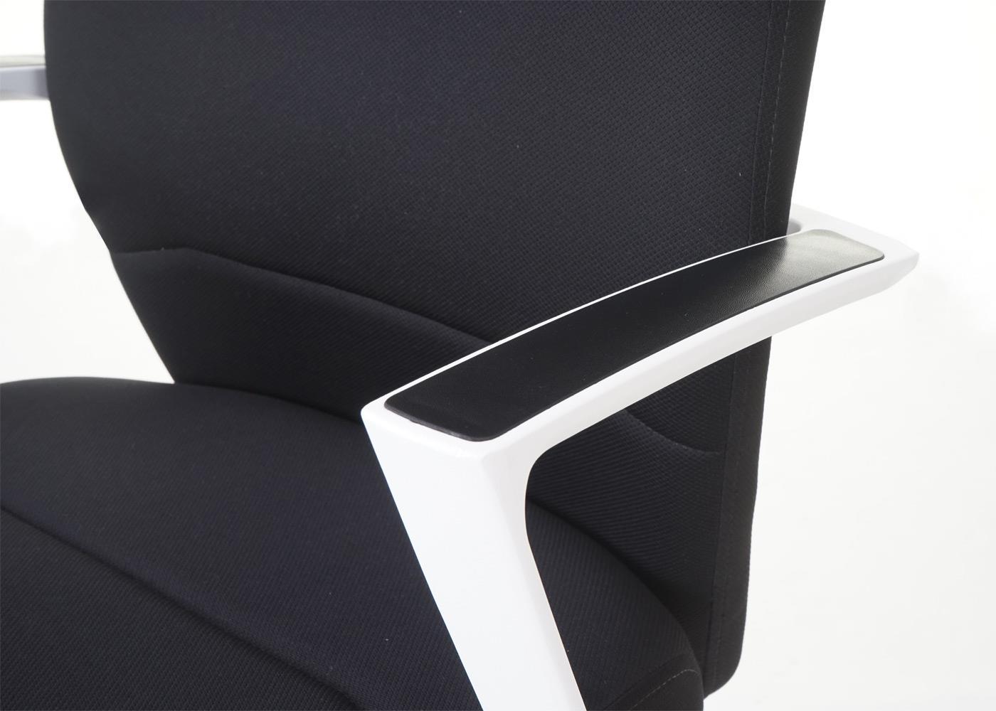 Poltrona da ufficio pinat design esclusivo con cuciture a vista